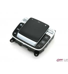 Hakkında daha ayrıntılıMercedes GLE Serisi W167 Comand Kontrol Paneli