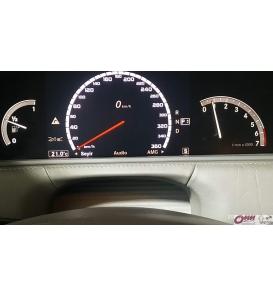 Hakkında daha ayrıntılıMercedes CL Serisi W215 AMG Style Kadran Yazılımı